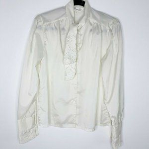 VTG Shapely Women's Victorian Lace Blouse cream